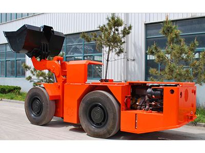 WJ-1.5柴油铲运机